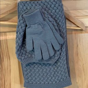 Accessories - Grey scarf set